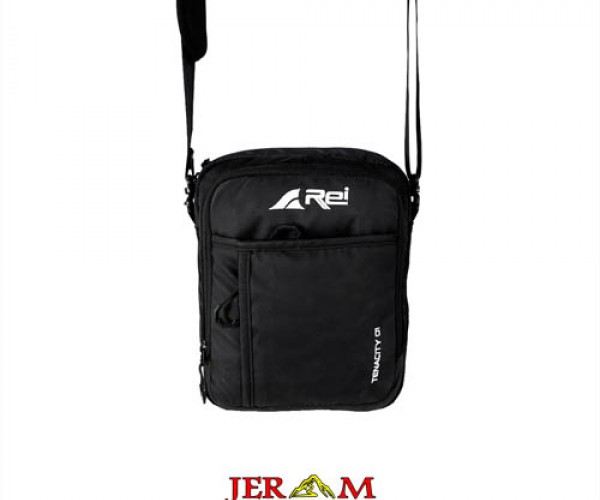 Arei Outdoorgear Travel Pouch Tenacity 01