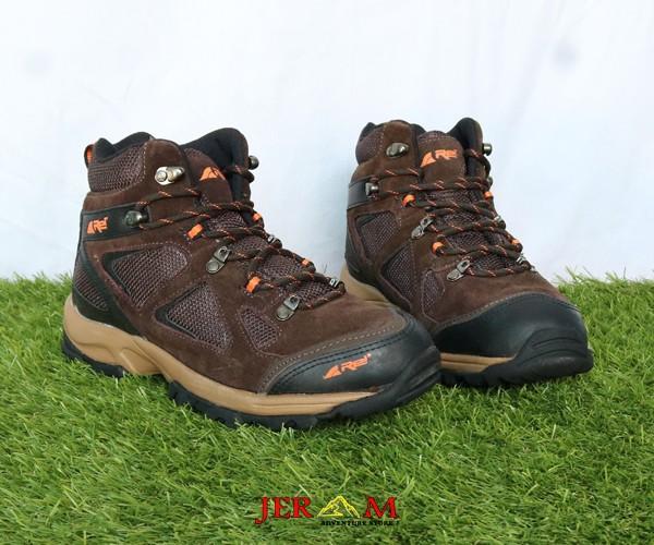 Sepatu Hiking Rei Blacksmith RIPP501001