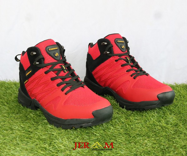 Sepatu Hiking Waterproof Mokzhaware Present Red